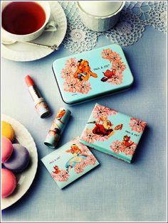 Paul & Joe Beaute Wild Flowers Collection for Spring 2010 (& Alice in Wonderland)