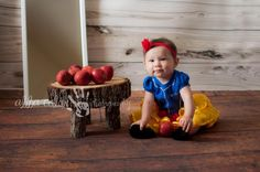 Snow White Disney princess! Baby photography By Abba Color Photography www.facebook.com/abbacolor www.abbacolor.blogspot.com