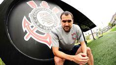 Humilhante: Corinthians 'goleia' Palmeiras em experiência e bagagem de títulos