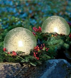 Ice Lanterns for Holiday Decor. Beautiful! What a great idea for Christmas parties or Birthday parties