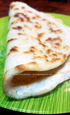 Λαλαγγίτες | H Aπόλαυση Tης Βρώσης Bread, Ethnic Recipes, Food, Kitchens, Breads, Baking, Meals, Yemek, Sandwich Loaf