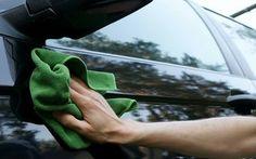 Aprenda a lavar o carro com apenas um copode água
