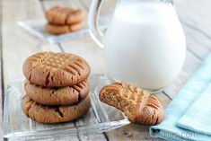 Low Carb Peanut Butter Cookies [VIDEO]