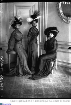 With fashions like that, I'm surprised more women didn't run away to France and go Bohemian.