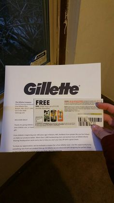 My free #razor from #gillette I follow #vonbeau on facebook and get there text alert for new freebies! This one went fast! .. ... .. ... ... 👉👉👉👉👌  #freestuff #mail #iloveit #samples #freebie