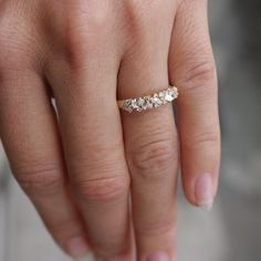 32926  AMETHYST OVAL BIG  SIMULATED DIAMOND RING STERLING SILVER PURPLE DESIGNER
