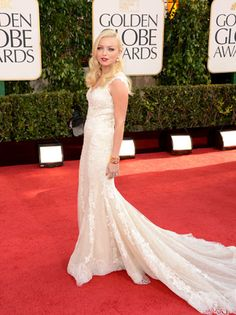Francesca Eastwood also attended the 2013 Golden Globe Awards and looked beautiful in a white Pronovias lace gown on the red carpet. Nice Old Hollywood Glamour hair and makeup!
