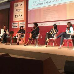 Nossa diretora de redação @maricaruso media um painel sobre sororidade com Samantha Alves (Fundadora do 'Compro de quem faz das minas) @rachelomaia (CEO da @pandora no Brasil) a publicitária @galbarradas e @debxavier estimuladora da liderança feminina no mundo dos negócios durante o Elas por Elas evento que discute causas feministas no Village Mall no Rio de Janeiro hoje e amanhã. #elasporelas2017  via MARIE CLAIRE BRASIL MAGAZINE OFFICIAL INSTAGRAM - Celebrity  Fashion  Haute Couture…
