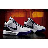 Autographed Kobe Air Zoom trainers or sneakers
