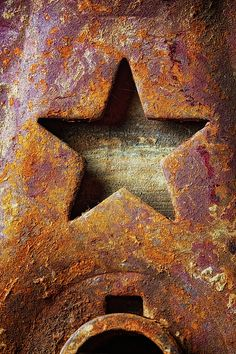 Rusty Star 2 by Ronn Orenstein