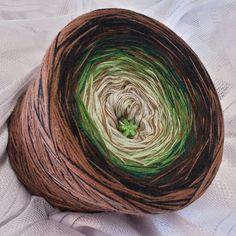 Wunschwicklung *Waldweg* Hochbausch: 7 Farben Mix: natur lindgrün froschgrün dunkelgrün braun schwarz kakao 1 Faden kakao zusätzlich durchgehend gewickelt