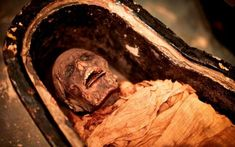 Mummy returns: Voice of mummified Egyptian priest heard years on (AOL) The priest lived during the politically volatile reign of pharaoh Ramses XI BC), working as a scribe and priest at the state temple of Karnak in Thebes – modern Luxor. Mummified Body, Egyptian Mummies, Museum Displays, Luxor, Ancient Egypt, Ancient History, Priest, Alter, Archaeology