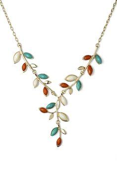 Beautiful leaf necklace