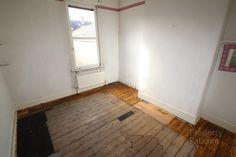 224 Duncairn Gardens, FIRST FLOOR: Bedroom 3.61m (11'10) x 3.15m (10'4) - PropertyPal