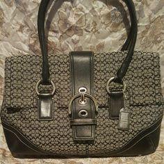 Coach purse Very cute Coach purse, roomy and not too heavy. Coach Bags Satchels