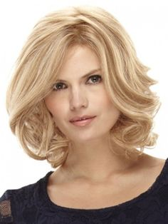 Medium Length- thick Hairstyles for Round Faces
