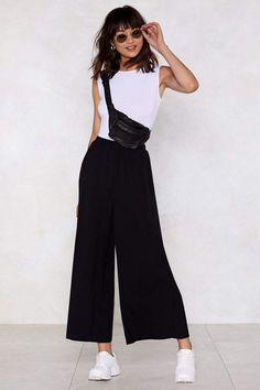 10 Black Wide Leg Pants Outfit So, let's be absolute appropriate now: We've been cutting a lot of sweatpants and leggings lately. Sometimes we about-face things up with apart condit. Wide Leg Trousers Outfit Casual, Flowy Pants Outfit, Summer Pants Outfits, Wide Leg Cropped Pants, Casual Outfits, Wide Trousers, Black Culottes Outfit Summer, Wide Leg Pants Outfit Summer, Women's Pants