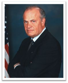 """Fred Thompson, BA '64. Former United States Senator. Cast Member of NBC's """"Law & Order"""". Appeared in various movies, including:  """"Cape Fear"""", """"In the Line of Fire"""", and """"The Hunt for Red October"""". Recipient of 1996 Distinguished Alumnus  Award."""