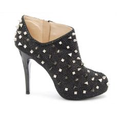 High Heels mal anderes  , esclusive im Vertrieb by Fashion District