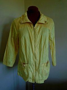 Chicos Zenergy Size 1 (8 M) Yellow 3/4 Sleeve Zip Up Rain Jacket #Zenergy #Raincoat