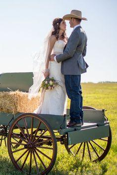 Farm wedding photography ideas