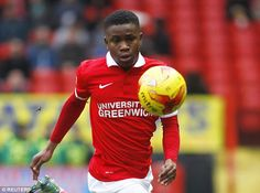 Everton look set to beat Arsenal, Manchester City and Chelsea to the signing of teenage starlet Ademola Lookman, according to a report. The 19-year-old has been high on the agenda of a number of …