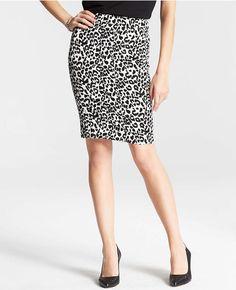 Ann Taylor Leopard print skirt Black & White Animal Print  94% Cotton Size 0P  #AnnTaylor #StraightPencil