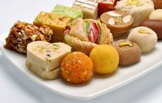 Send Sweets Online : Buy and send Indian sweets, Indian mithai, ladoos, kaju burfi roll for same day home delivery surprise your loved ones from Indiagift at the best prices. Order sweets now ! Indian Dessert Recipes, Indian Sweets, Sweets Recipes, Indian Recipes, Gajar Ka Halwa, Sugar Free Sweets, Online Cake Delivery, Easy Sweets, Krishna