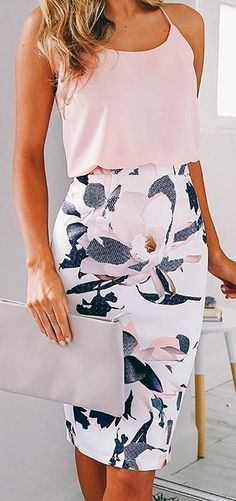 I love this outfit I like that the skirt has a print on it!!! again I'm a huge fan of the structured bottom and flowy top!  Plus the colors are up my alley!!