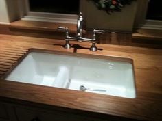 stunning Chalon kitchen fitted by Tim Gorton 07921 559974 www.kitchenfitter.co