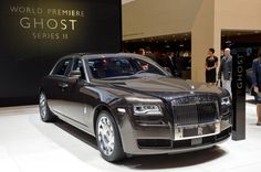 View Interior Of Rolls-Royce Phantom Ghost 2015