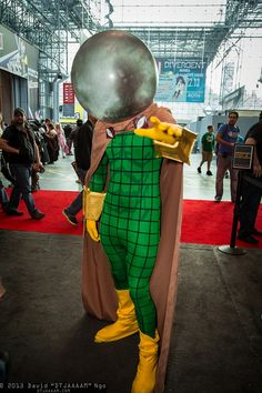 Mysterio #cosplay | NYCC 2013 In my opinion: Worst Spider-Man Villain EVER!  I applaud you for the attempt.