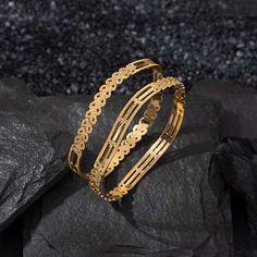 Plain Gold Bangles, Gold Bangles For Women, Gold Bangles Design, Jewelry Design, Diamond Bangle, Diamond Jewelry, Gold Jewelry, Women Jewelry, Jewelry Website