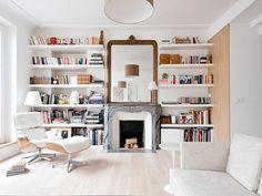 bibliothèque sur mesure dans salon