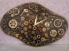 Добрый вечер! У меня сегодня часы в любимом стиле хламдекора. Я бы даже сказала, железохлам, тут одни железяки подобрались.))) фото 2