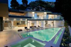 Jolie villa contemporaine à Hollywood Hills - USA, , #amazing #Lucas Colombo #modern #USA