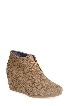 Free shipping and returns on TOMS 'Desert' Suede Wedge Bootie (Women) at Nordstrom.com. A just-right wedge gives you a little lift in a modern, versatile chukka boot laced with utilitarian undertones. Since Blake Mycoskie started TOMS in 2006, the company has given away 10 million shoes to children in need across the globe through sales of their now-iconic shoes and their innovative 1-for-1 donation program.