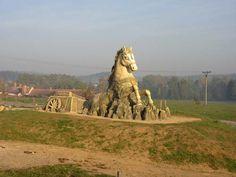 Landscapes, Lion Sculpture, Camping, Statue, Park, Fun, Travel, Paisajes, Campsite