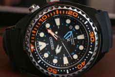 Seiko Prospex Kinetic GMT Divers Watch Hands On hands on Sport Watches, Cool Watches, Watches For Men, Best Sports Watch, Seiko Diver, Seiko Watches, Tritium Watches, Skeleton Watches, Mens Gear