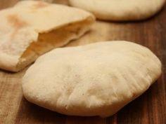 Pita kenyér | Varga Gábor (ApróSéf) receptje - Cookpad receptek Kenya, Hamburger, Bread, Food, Essen, Hamburgers, Buns, Yemek, Burgers