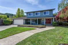 Lovely two-story traditional: 39 Sherwood Ct., Moraga, CA 94556 | Moraga, CA Real Estate | Moraga, CA Home for Sale