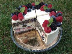 VÍKENDOVÉ PEČENÍ: Makový dort s ovocem (bez mouky) Home Recipes, Dessert Recipes, Desserts, Quinoa, Cheesecake, Food And Drink, Low Carb, Gluten Free, Baking