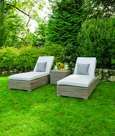 Kingsley-Bate Sag Harbor Chaise Lounges | Resin Wicker Furniture