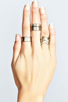 A Guide to Stacking Rings Like a Pro | StyleCaster