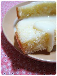 Porque um bolo não precisa ser complicado pra ser gostoso.  Em novembro de 2008 vi esse bolo  pela primeira vez, e no mesmo instante corri p...