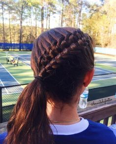 suspended infinity braid for tennis practice
