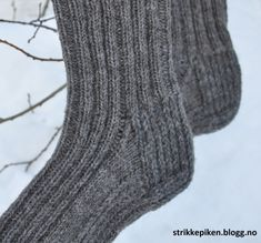 Man Crafts, Chrochet, Knitting Socks, Mittens, Arm, Sewing, Cowl, Slippers, Crochet