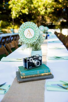 wedding centerpiece idea / diy wedding decor design / photo by @SAAweddings