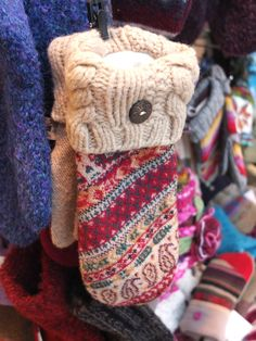 Tell me these Peapack Mittens aren't adorable. I dare you. #peapack #mittens #winter #sportshop