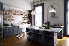 Nancy Meyers' Film Kitchens    The Intern (2015) City dwellers will weep at Meyers' foray into the digital era with a Brooklyn townhouse those perfect complimentary shades of blue for the kitchen. The set design was influenced by J.Crew creative director Jenna Lyons.